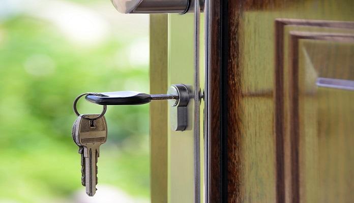 Houten deuren & deurkozijnen van hout